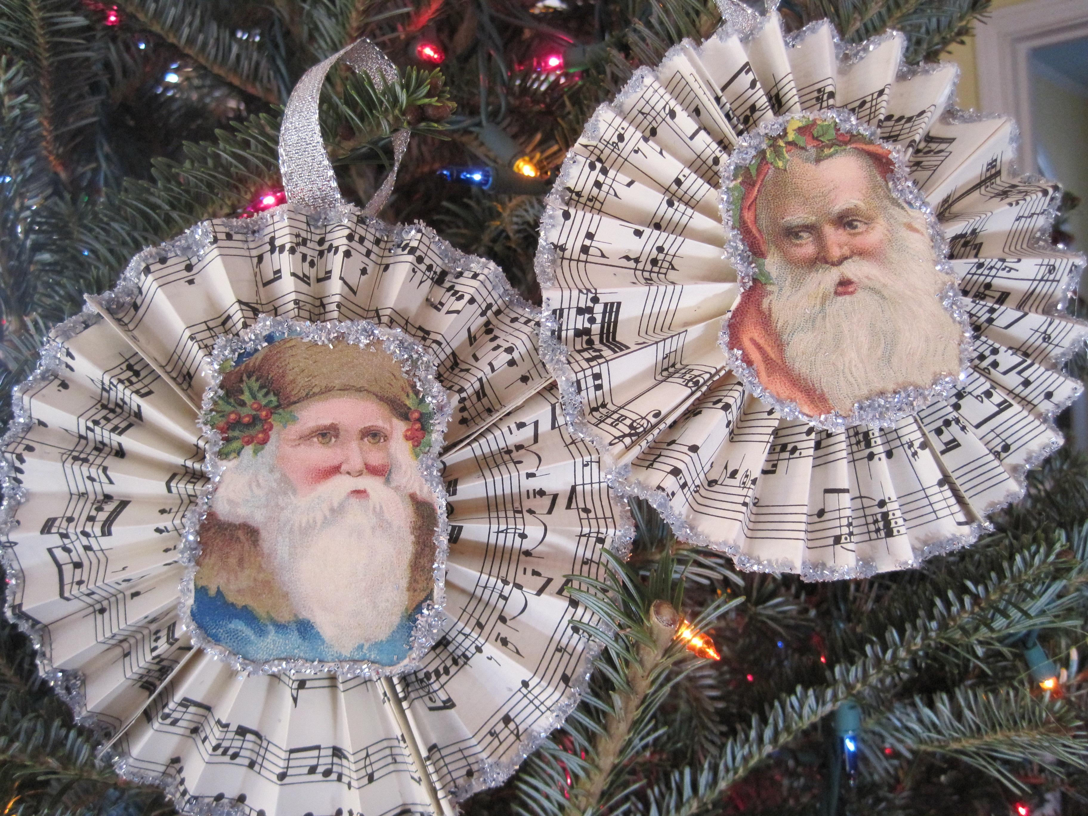 Sheet music christmas ornaments - Img_4675