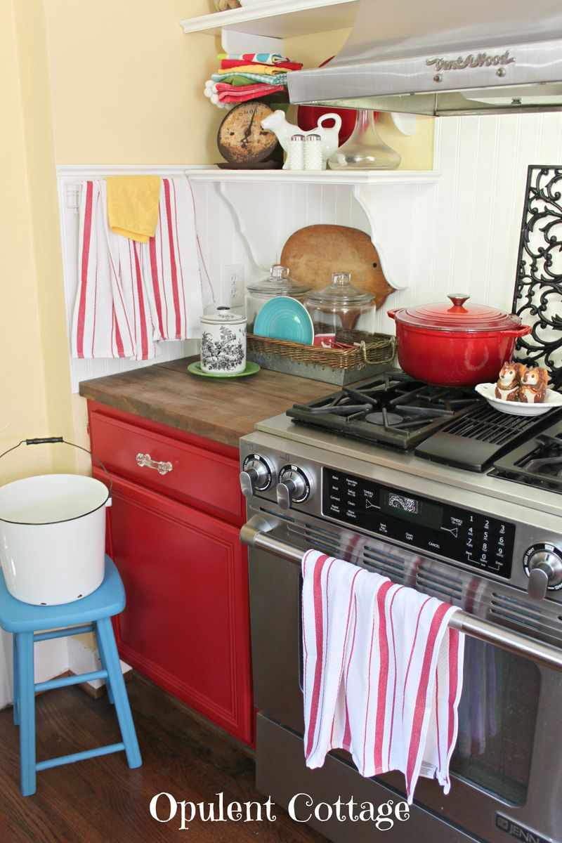 Red Kitchen Cabinets3