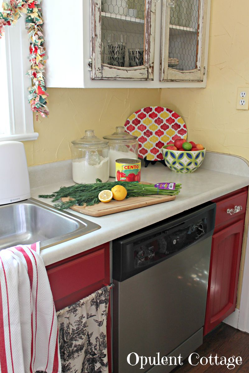 Red Kitchen Cabinets5