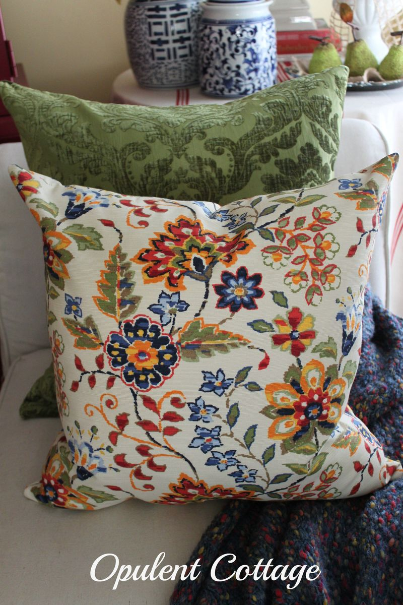 Opulent Cottage Lite Fall Pillows