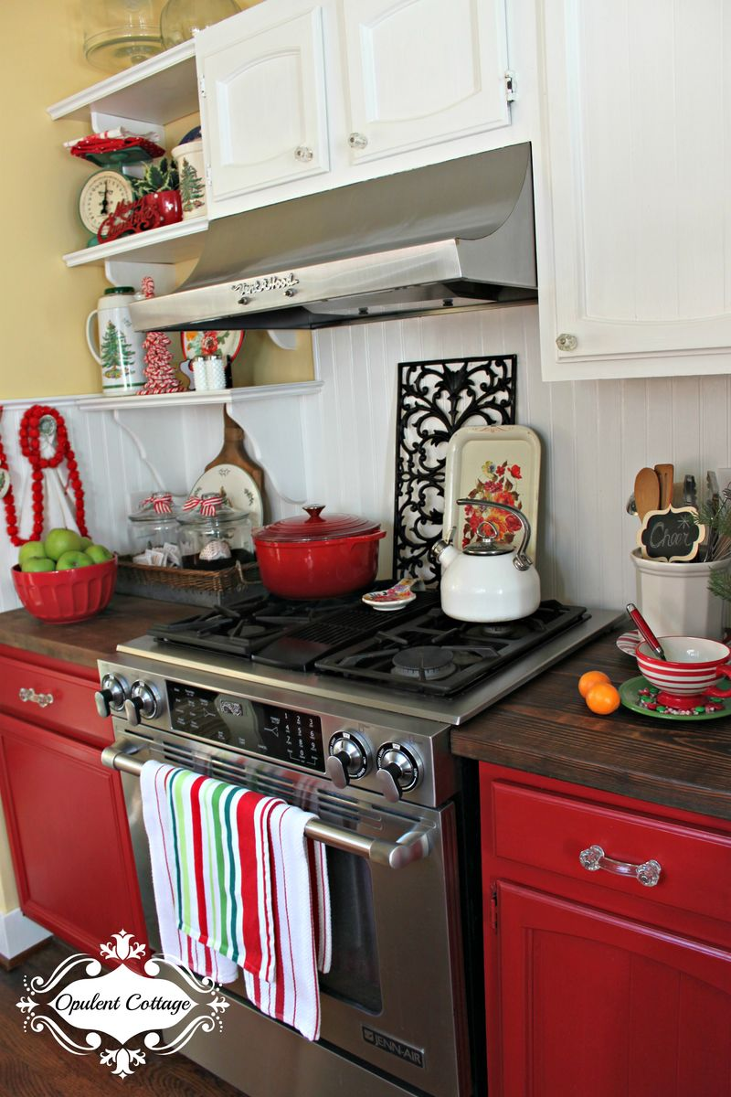 Opulent Cottage Christmas Kitchen 2015