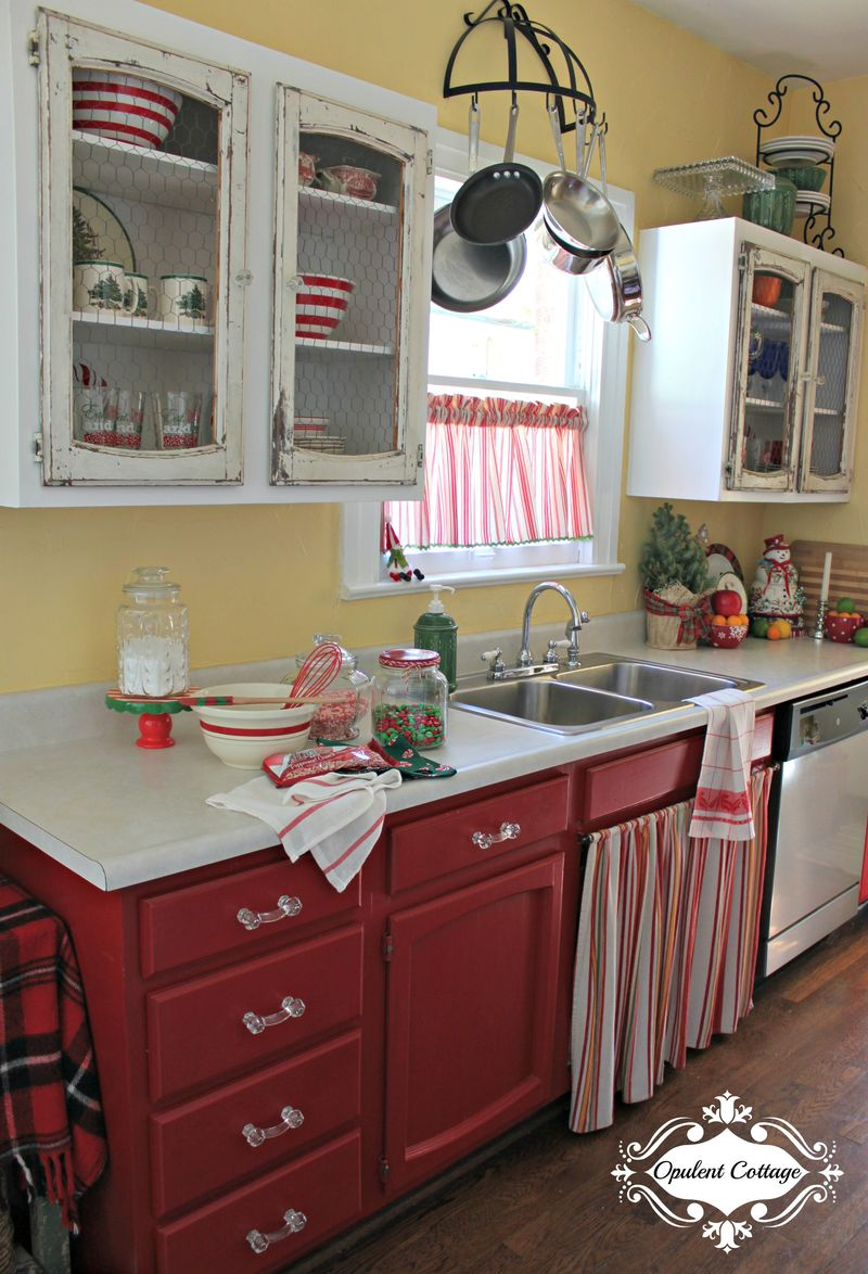 Opulent Cottage Christmas Galley Kitchen 2015