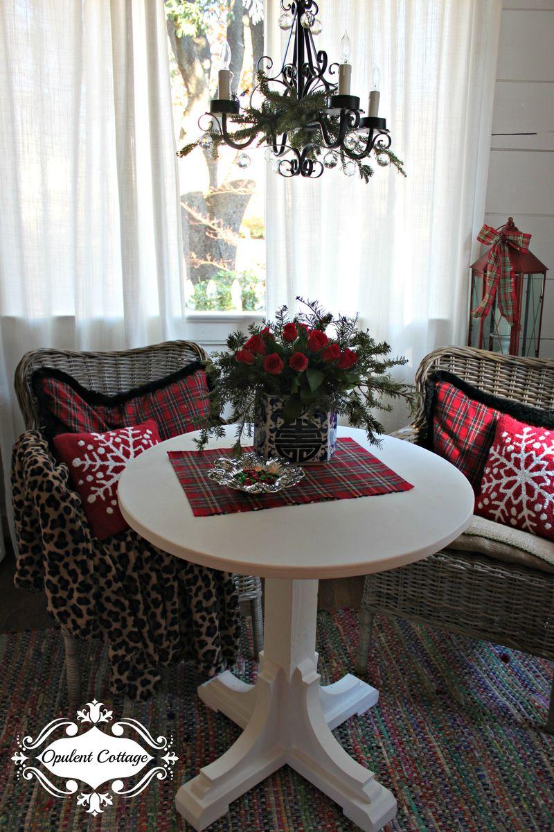 Opulent Cottage Christmas Sitting Area 2015