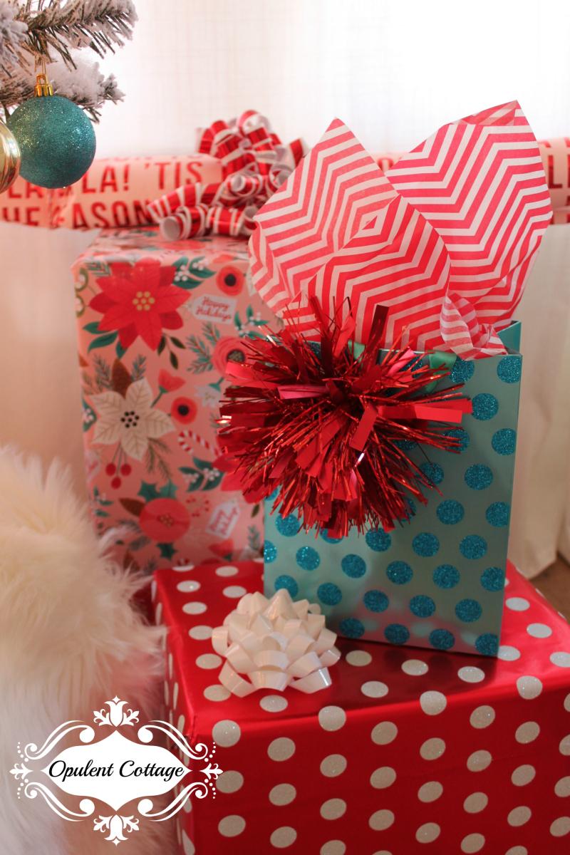 Opulent Cottage Christmas Living Room 2017-7