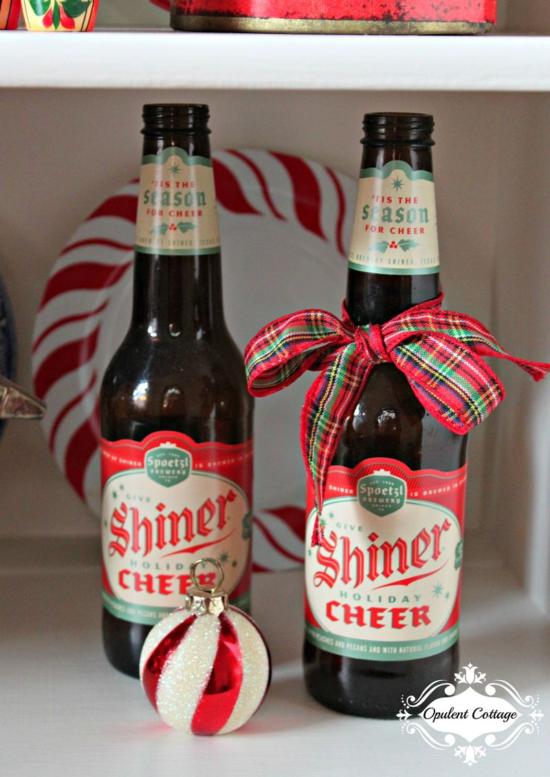 Opulent Cottage Christmas Foyer Shiner Cheer 2015